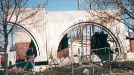 Installation of the structural arches